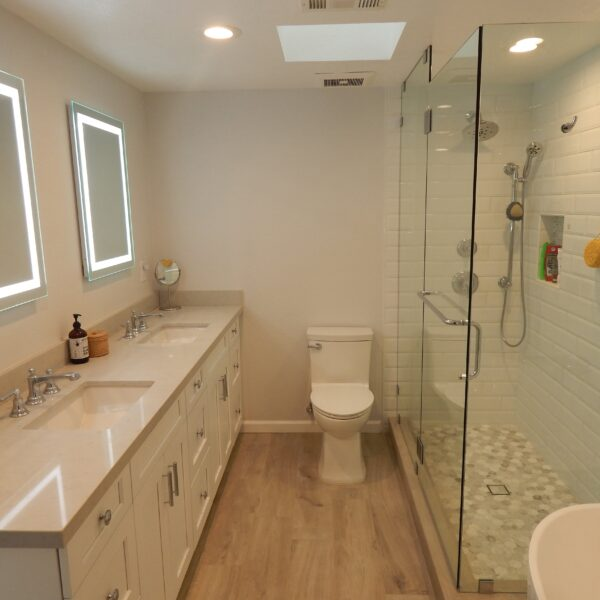 Classic White Subway Tile Shower with Tub 92119